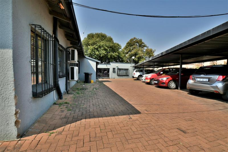 Property For Sale in New Redruth, Alberton 18