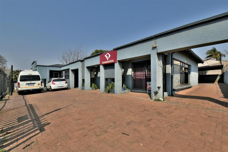 Property For Sale in New Redruth, Alberton 19
