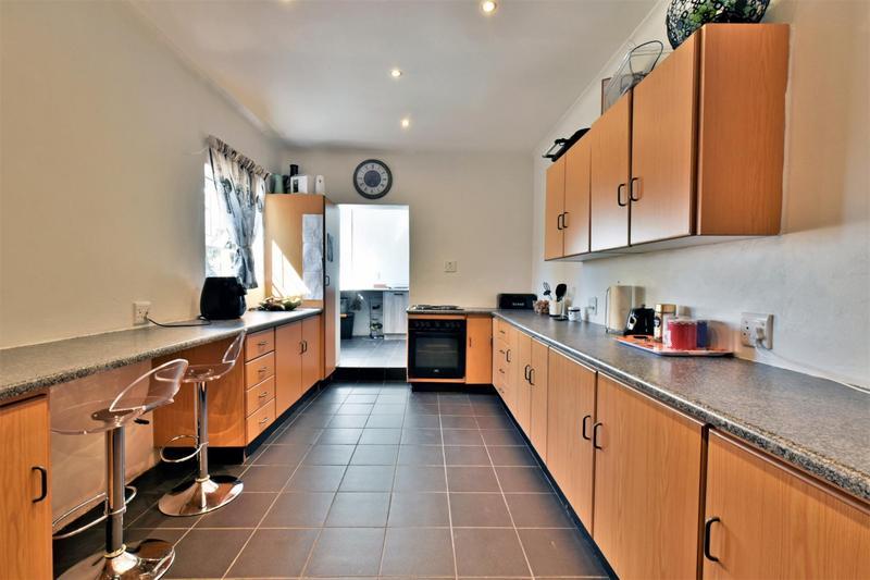 Property For Sale in Randhart, Alberton 4