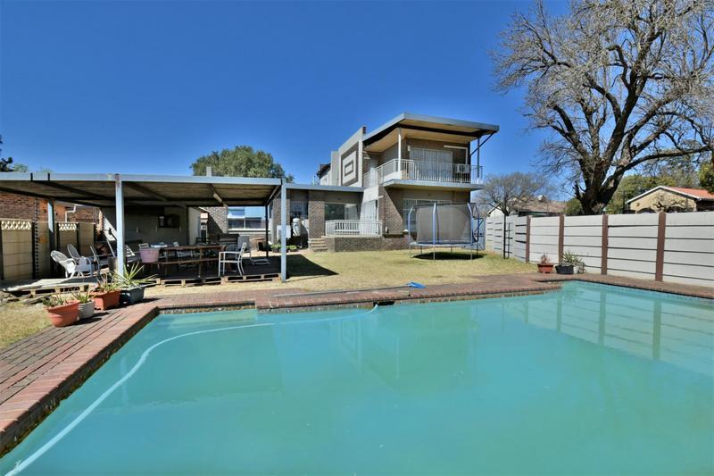 Property For Sale in Randhart, Alberton 2