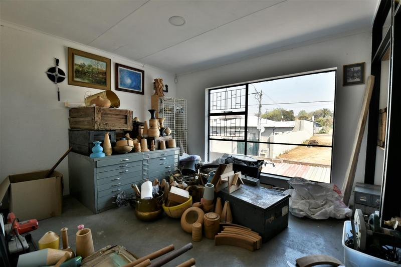 Property For Sale in Albertville, Johannesburg 10