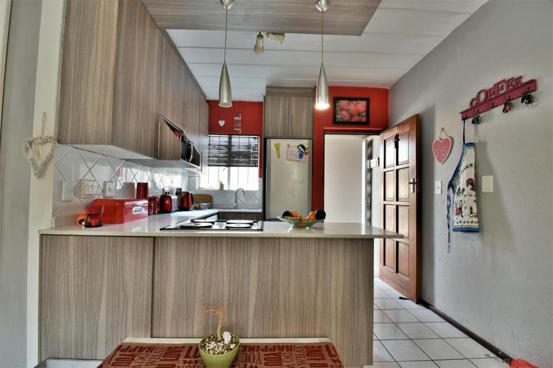 Property For Sale in Brackendowns, Alberton 3