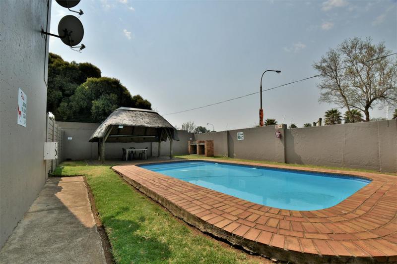 Property For Sale in Brackendowns, Alberton 11