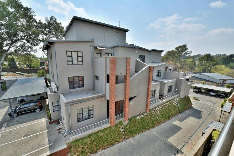 Property For Sale in Edenburg, Sandton 19