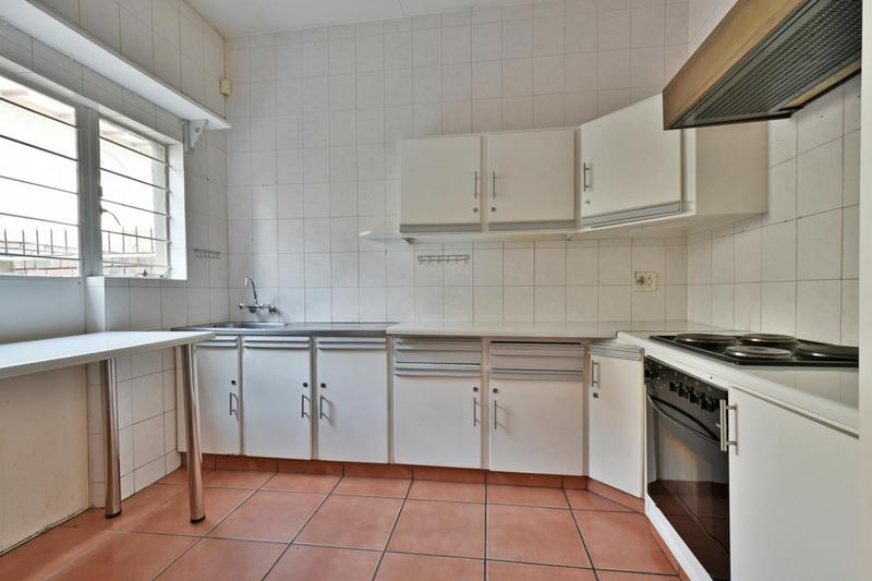Property For Sale in Townsview, Johannesburg 8