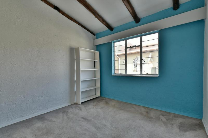 Property For Sale in Townsview, Johannesburg 11