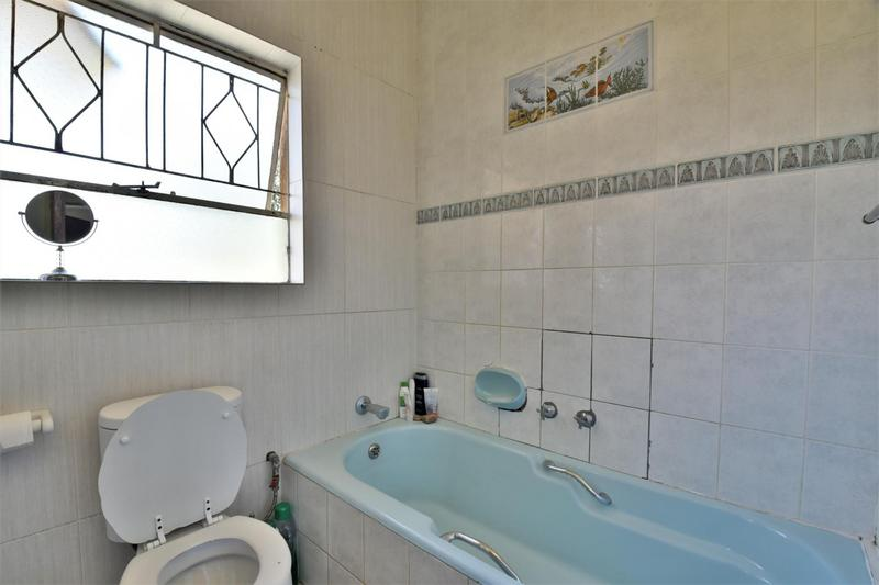House For Sale in Mayfield Park, Johannesburg