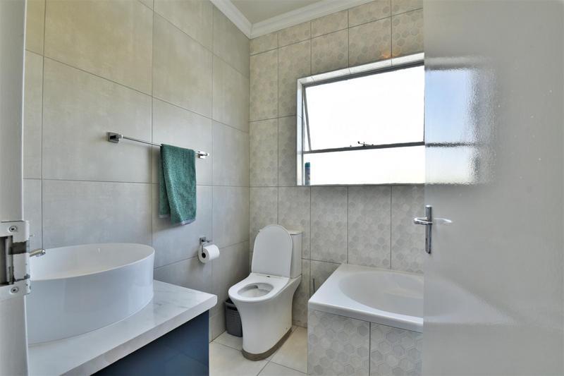 Property For Sale in Brackenhurst, Alberton 15