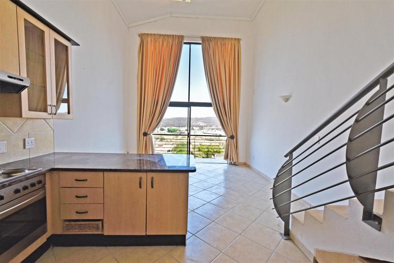 Apartment / Flat For Sale in Mulbarton, Johannesburg
