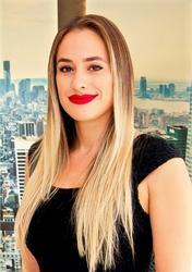 Melantha Wiegand , estate agent