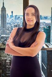 Gabriela Correia, estate agent