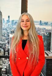 Laura Wiegand, estate agent